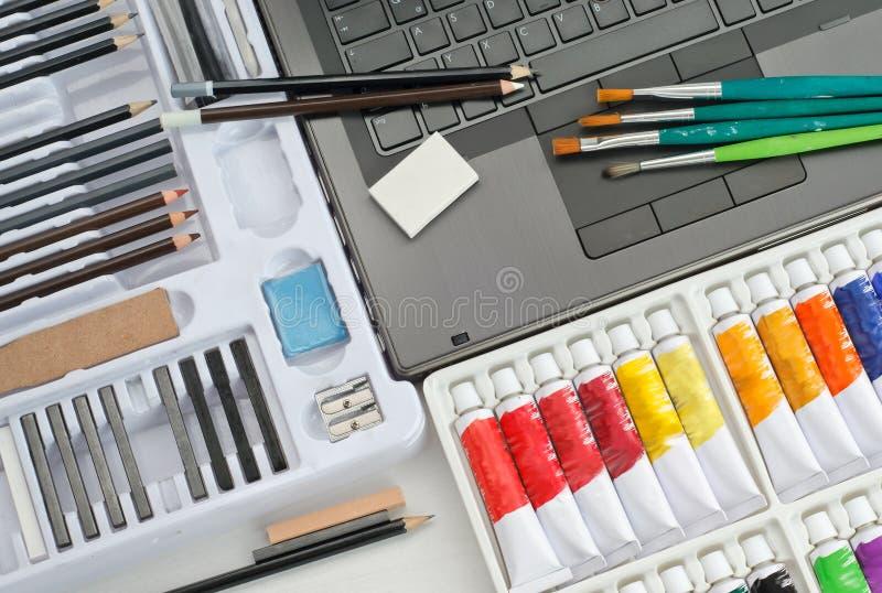 Artista Tools e materiali - concetto di pubblicazione di immagine immagini stock libere da diritti