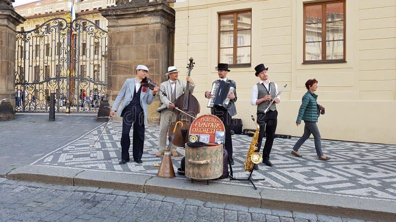 Artistas de la calle en Praga fotografía de archivo