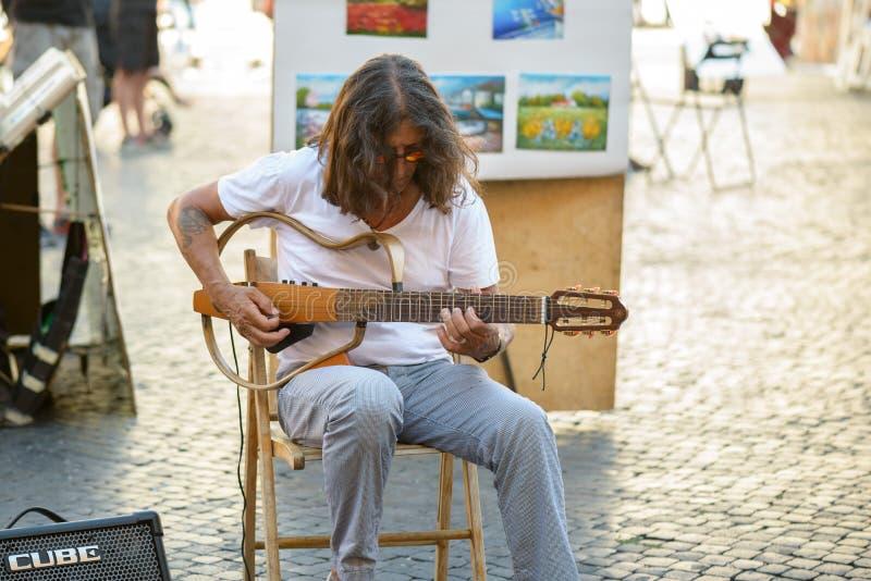 Artiste de rue dans la place de Navona image stock