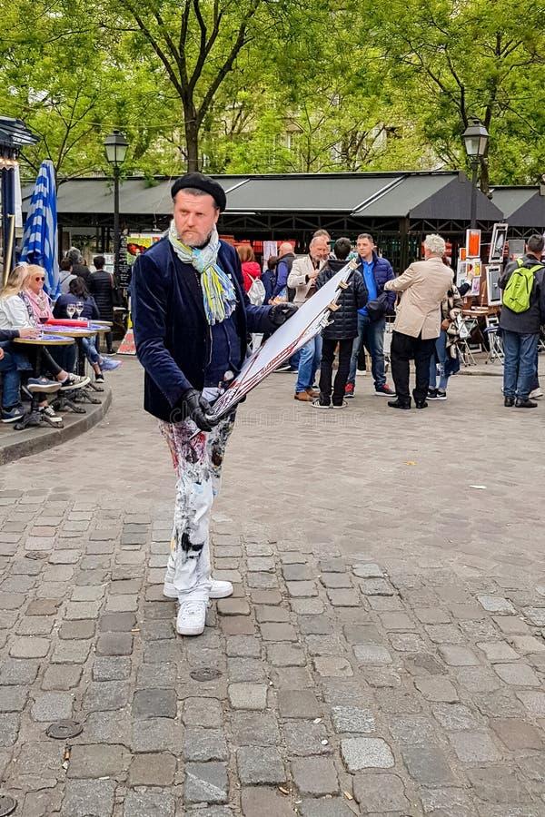 Artisti du Tertre sul posto della via in Montmartre, Parigi fotografia stock