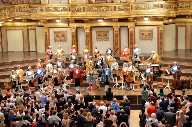 Artisti nella fase della casa di concerto di Vienna fotografia stock libera da diritti
