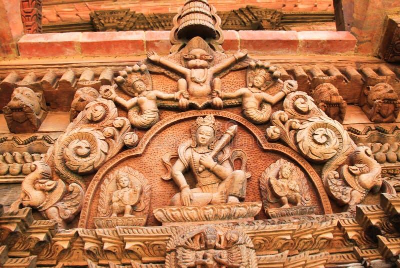 Arts décoratifs de bois au Népal photographie stock