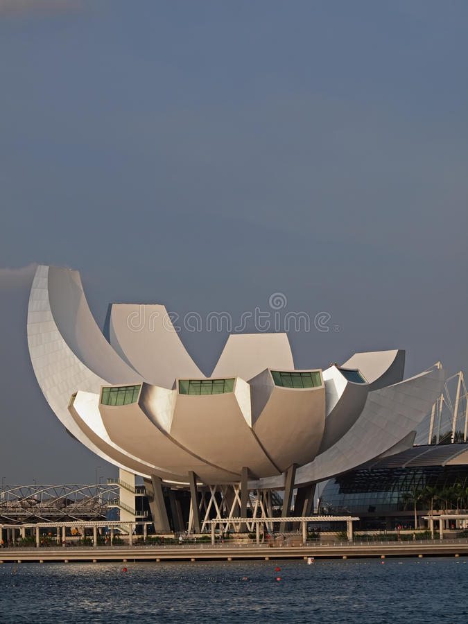 Download Arts Science Museum, MBS editorial photo. Image of water - 20550876