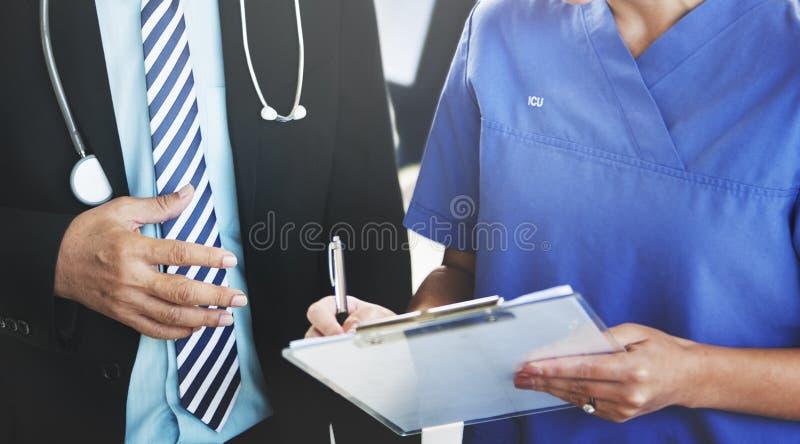 Arts Team Diagnosis Operation Medication Concept stock foto's