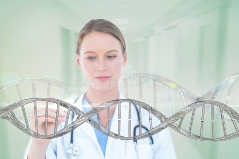 Artsenvrouw die met 3D DNA-bundel interactie aangaan stock fotografie