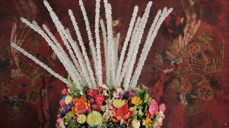 artsier Kwiat wazy I Kolorowy Stary obraz zdjęcia stock