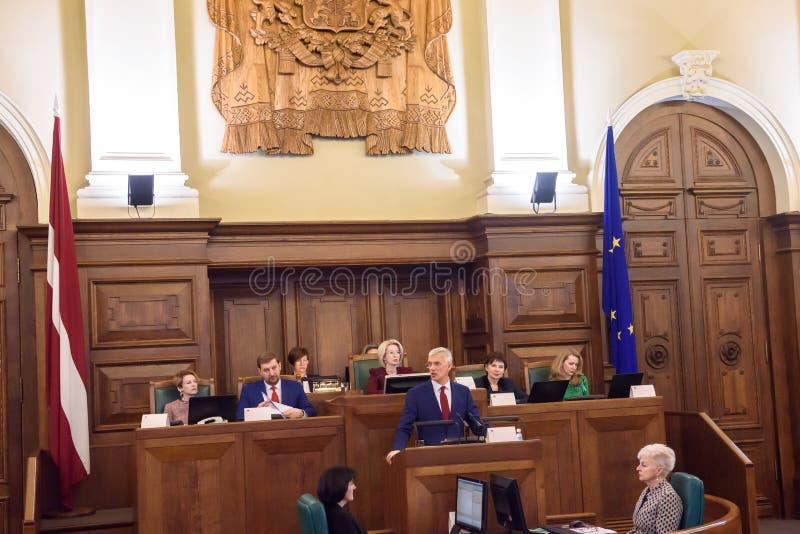 Arturs Krisjanis Karins, kandidaat voor Eerste minister van Letland tijdens stemming van nieuwe coalitie van regering van Letland royalty-vrije stock foto's