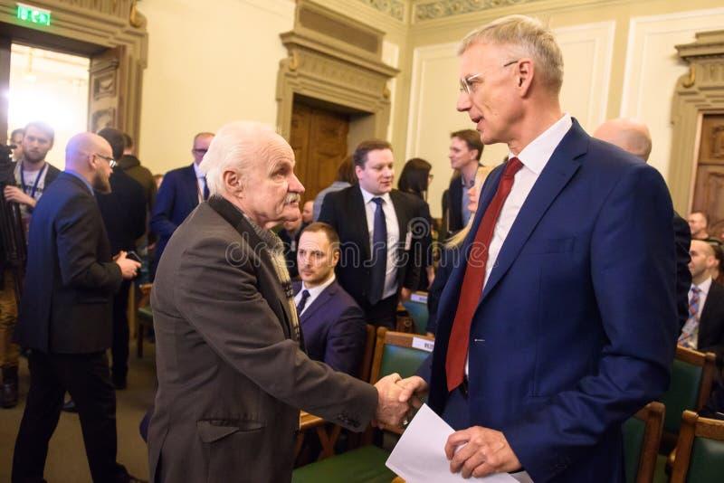 Arturs Krisjanis Karins-rechter Seitenkandidat für Premierminister von Lettland während der Abstimmung der neuen Koalition der Re lizenzfreie stockbilder