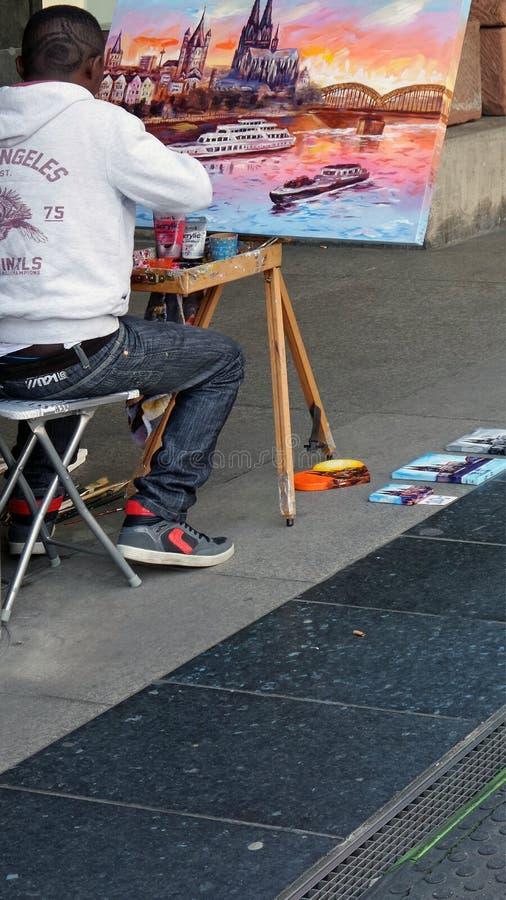 Artysta maluje obrazek obrazy stock