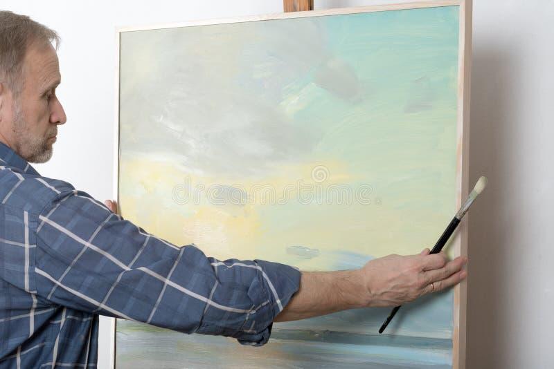 Artysty obraz w studiu obraz stock