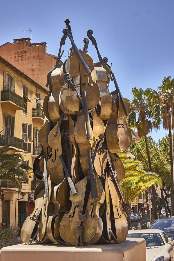 Artystyczna rzeźba skrzypce obrazy royalty free