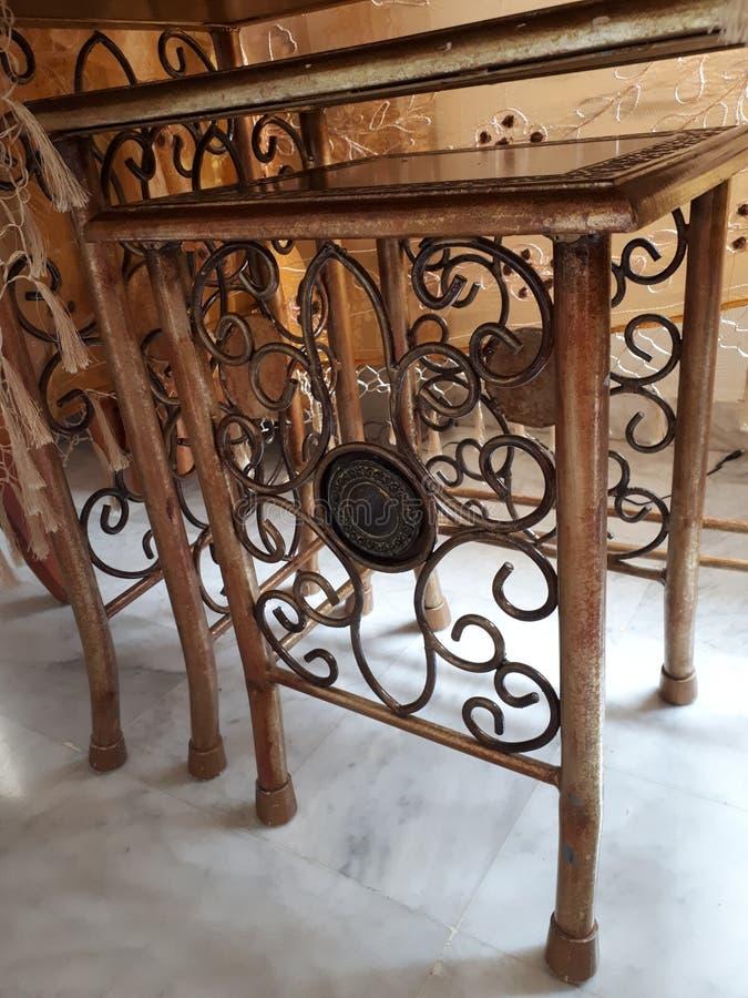 Artystyczni stoły obrazy stock