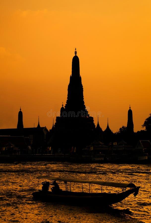 arun曼谷黎明日落寺庙wat 库存图片