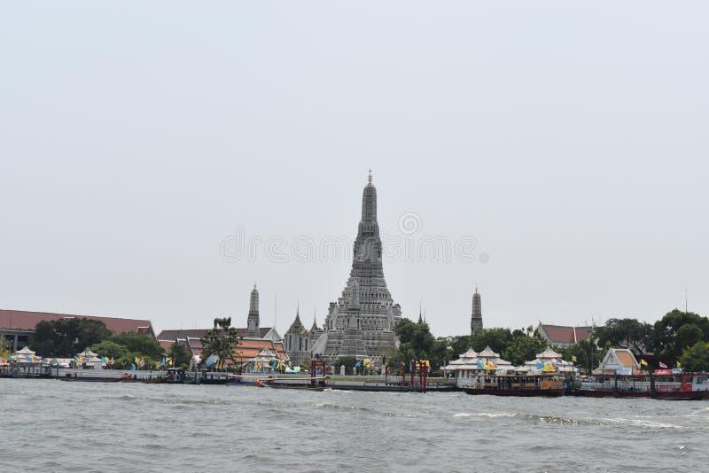 Arun Banguecoque Tailândia do wat do pagode, um da maioria de templo famoso em Thialand foto de stock royalty free