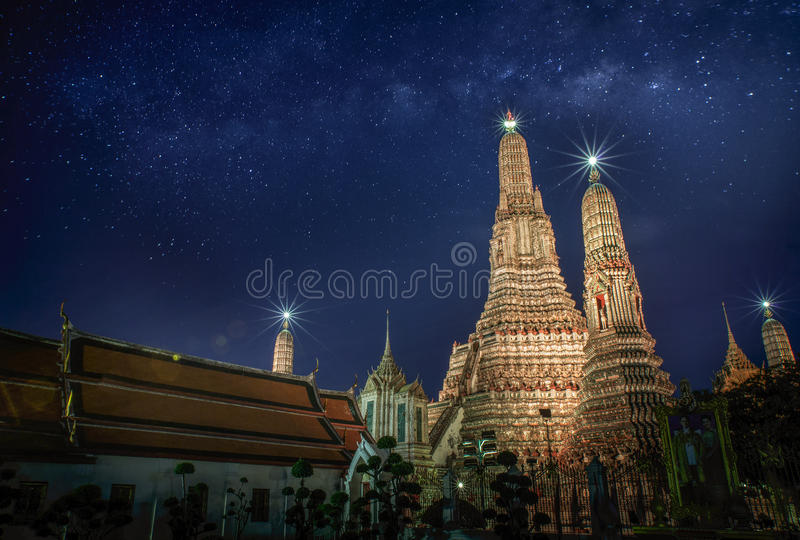 Download Arun Temple stock photo. Image of bangkok, famous, national - 39505930