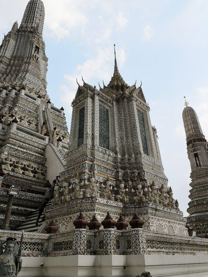 arunbangkok thailand wat royaltyfria bilder