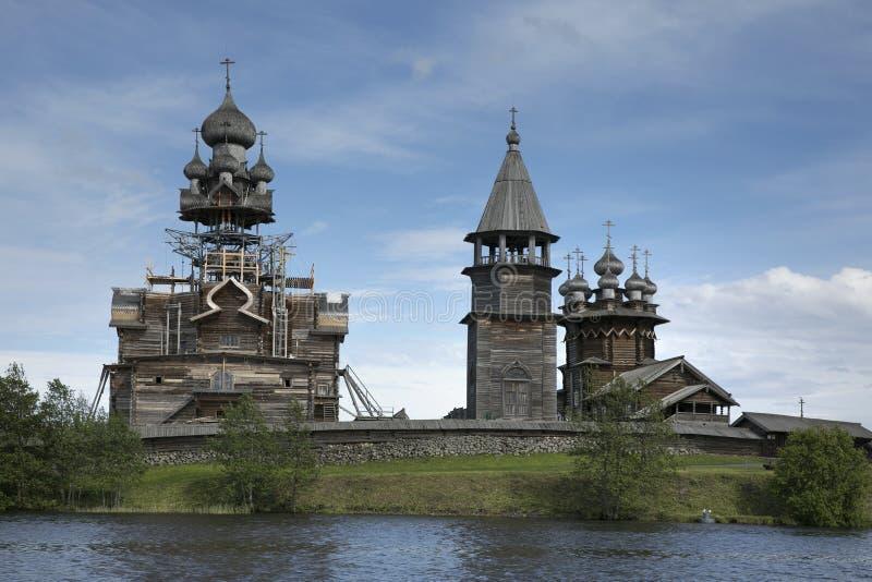 Arv för värld för Kizhi Pogost återställandeUNESCO royaltyfri fotografi