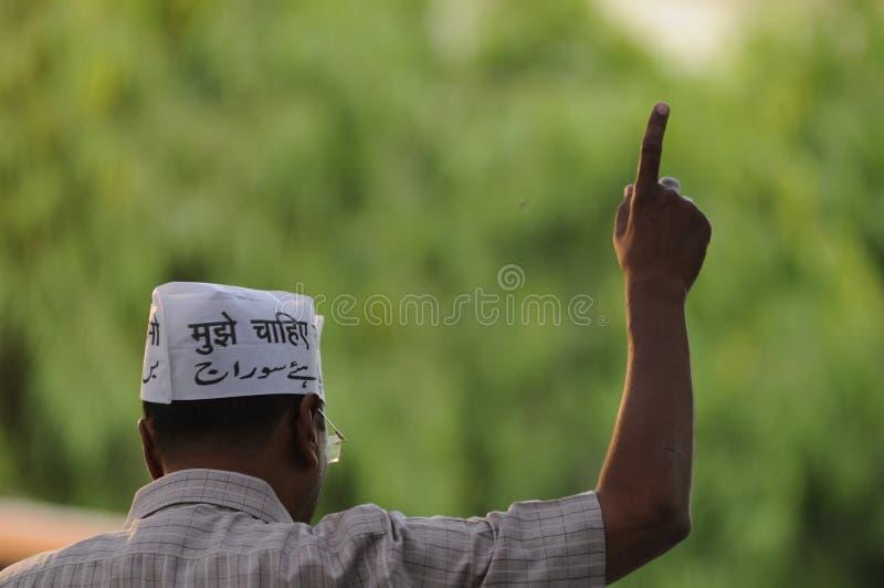 Arvind Kejriwal en Sarnath, la India fotos de archivo