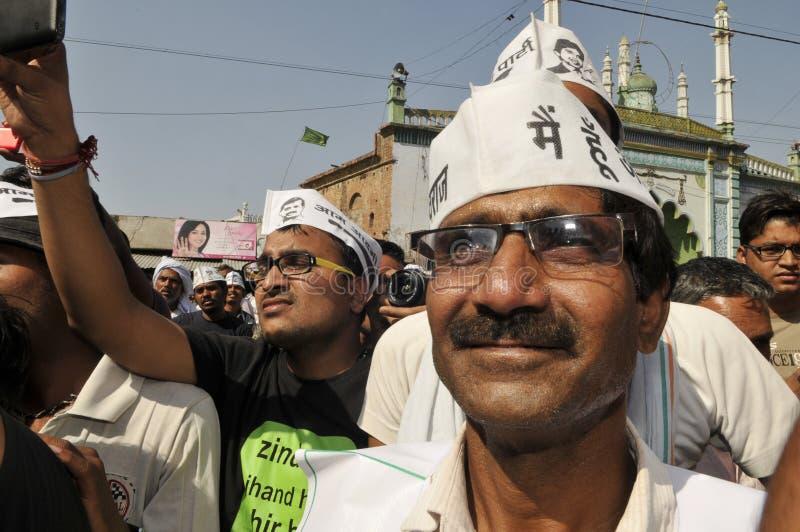 Arvind Kejriwal som delta i en kampanj för Dr Kumar Vishwas arkivfoton