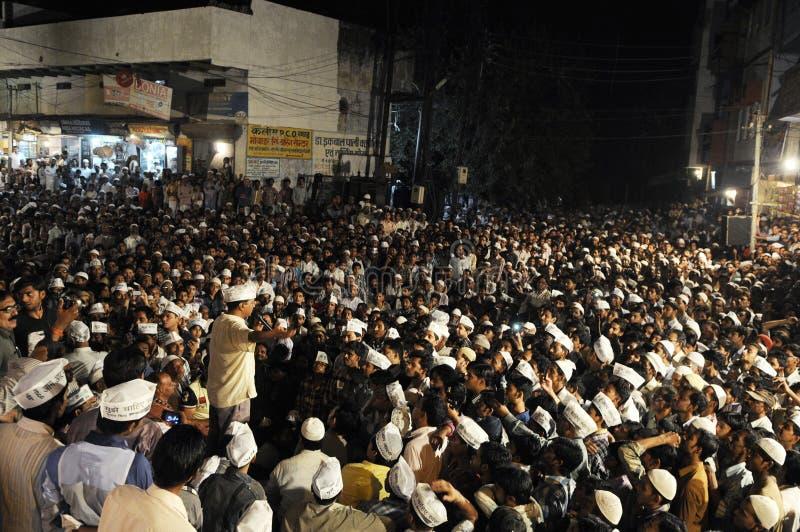 Arvind Kejriwal tijdens een Nukkad Sabha stock foto's