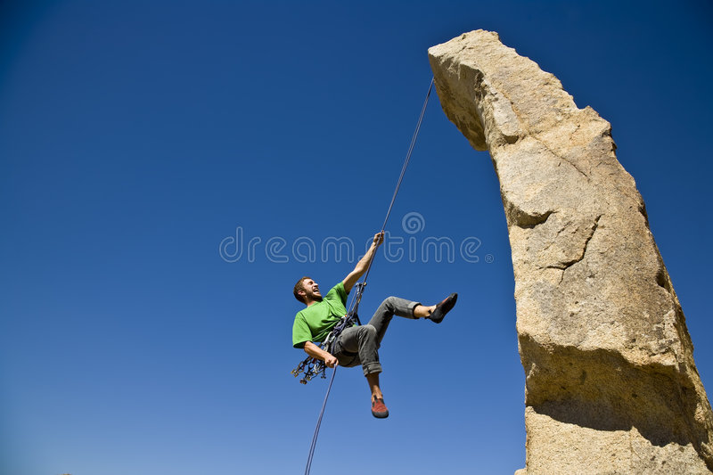 arywista rock rappelling obrazy royalty free