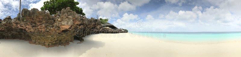 As águas Pristine de Zanzibar imagem de stock royalty free