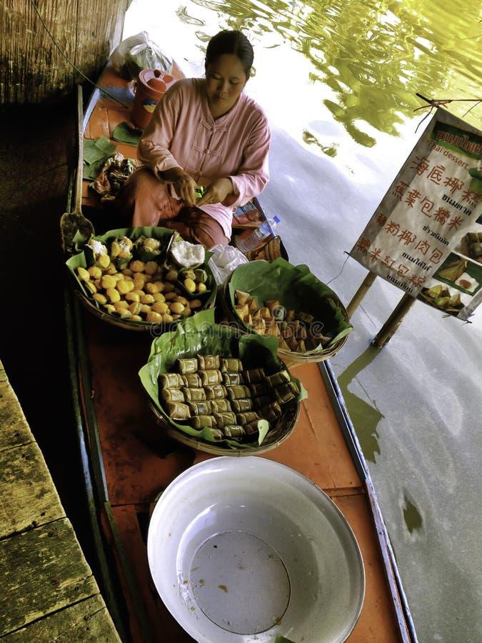 As 4 regiões do Pattaya que flutuam o mercado imagem de stock