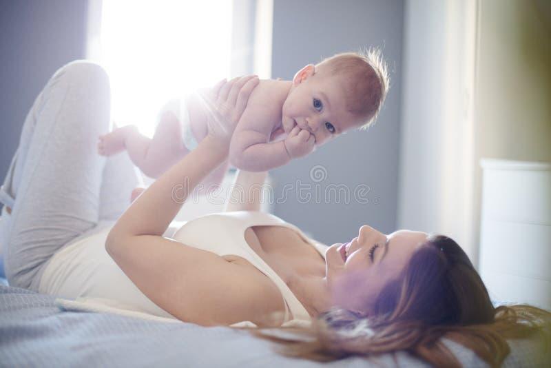 As alegrias reais de ser uma mamã fotos de stock royalty free