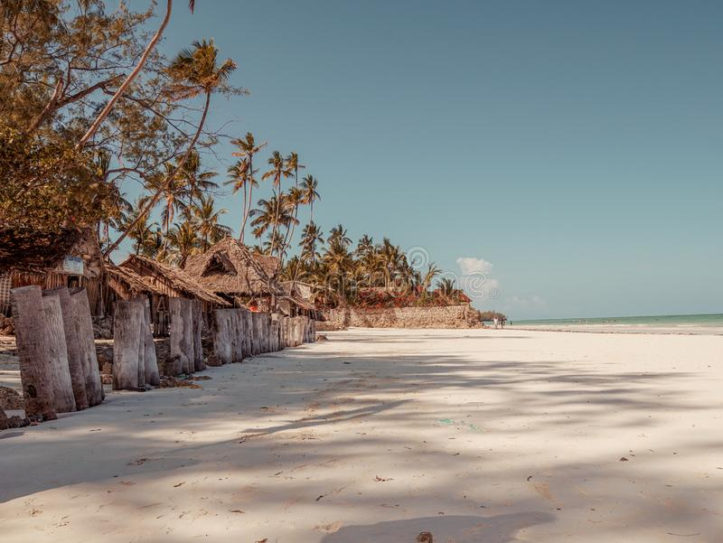 As areias brancas de Uroa encalham, Zanzibar fotos de stock