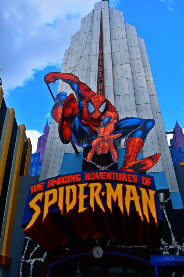 As aventuras surpreendentes de Spider-Man em ilhas universais do ` s da aventura imagens de stock royalty free