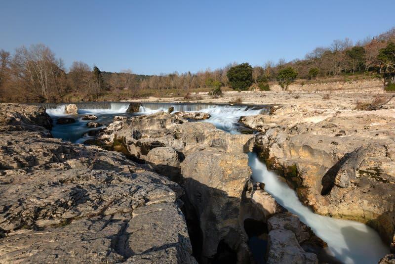 As cachoeiras de Sautadet - la-Roque-sur-Ceze - Gard - Occitanie - França imagens de stock