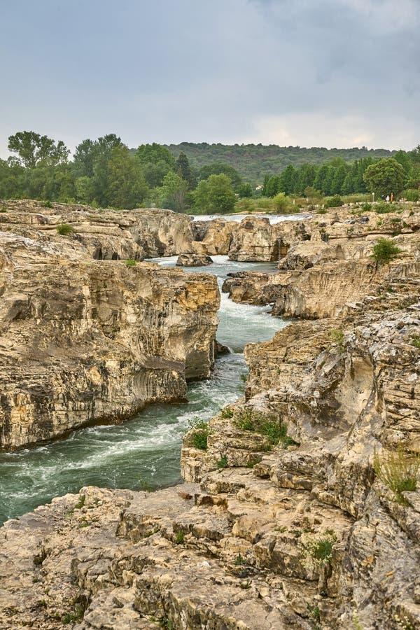 As cachoeiras de Sautadet são um Touris perigoso foto de stock royalty free