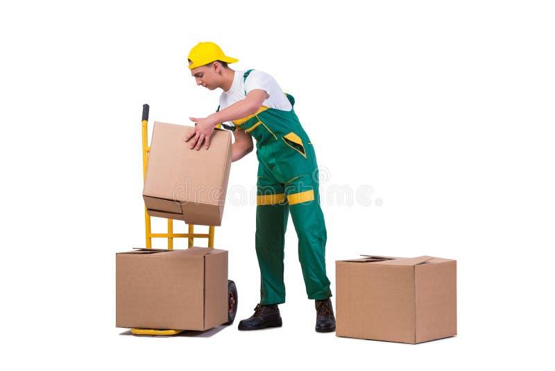As caixas moventes do homem novo com o carro isolado no branco imagem de stock royalty free