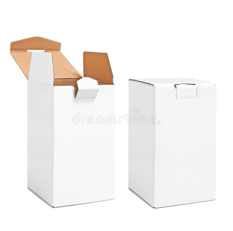As caixas vazias verticais reais da caixa abriram e fecharam-se isolado no branco fotos de stock