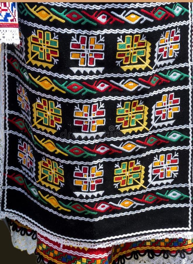 As camisas feitos a mão das senhoras bonitas de Bulgaria_1 imagem de stock