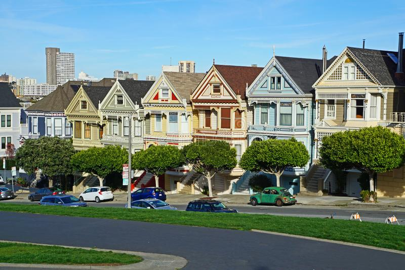 As casas pintadas das senhoras em San Francisco fotografia de stock royalty free