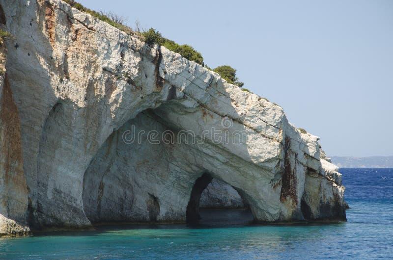 As cavernas azuis famosas na ilha de Zakynthos, Gr?cia fotografia de stock royalty free