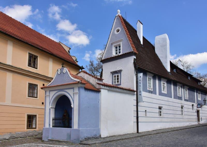 As construções históricas de Cesky Krumlov, UNESCO protegeram o local foto de stock