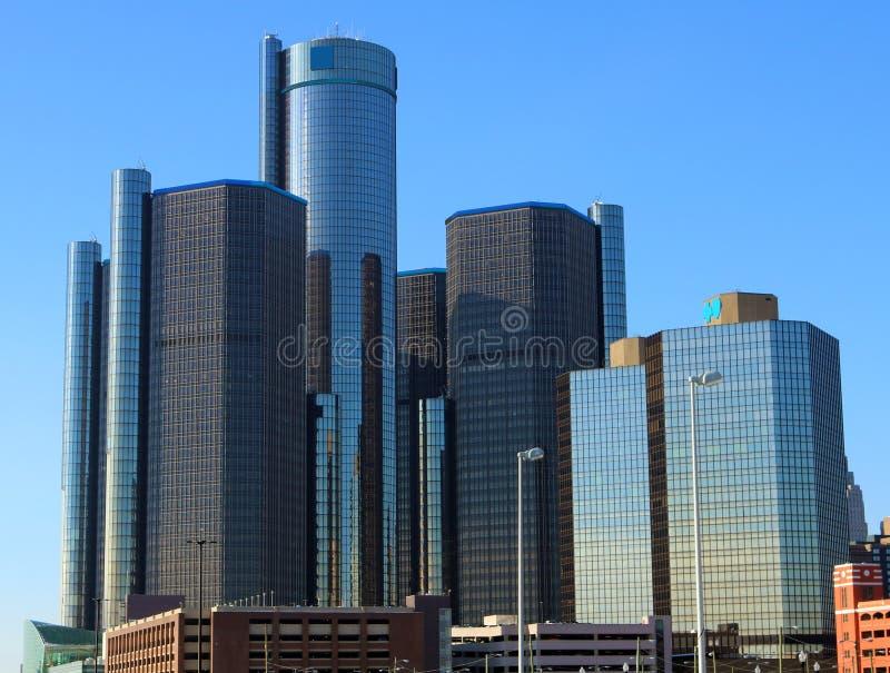 As construções as mais altas da cidade do motor da skyline de Detroit em Michigan foto de stock