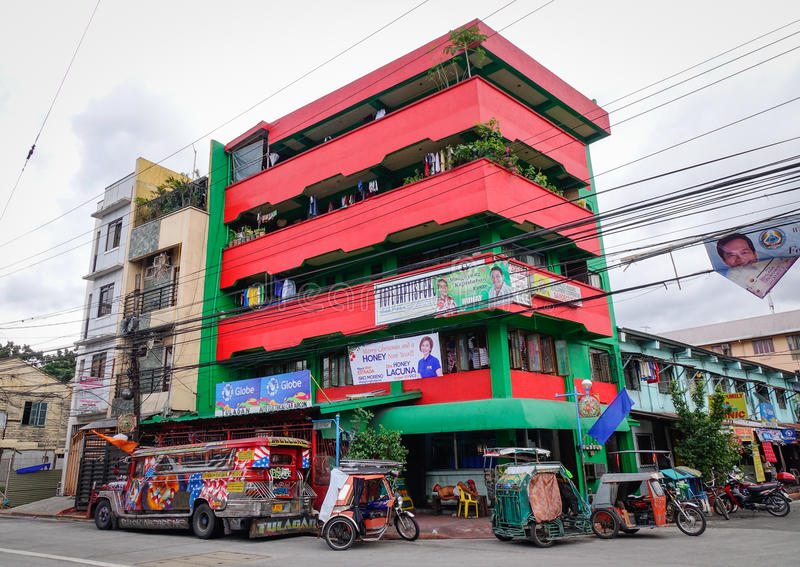 As construções situadas em intra muros em Manila, Filipinas imagens de stock