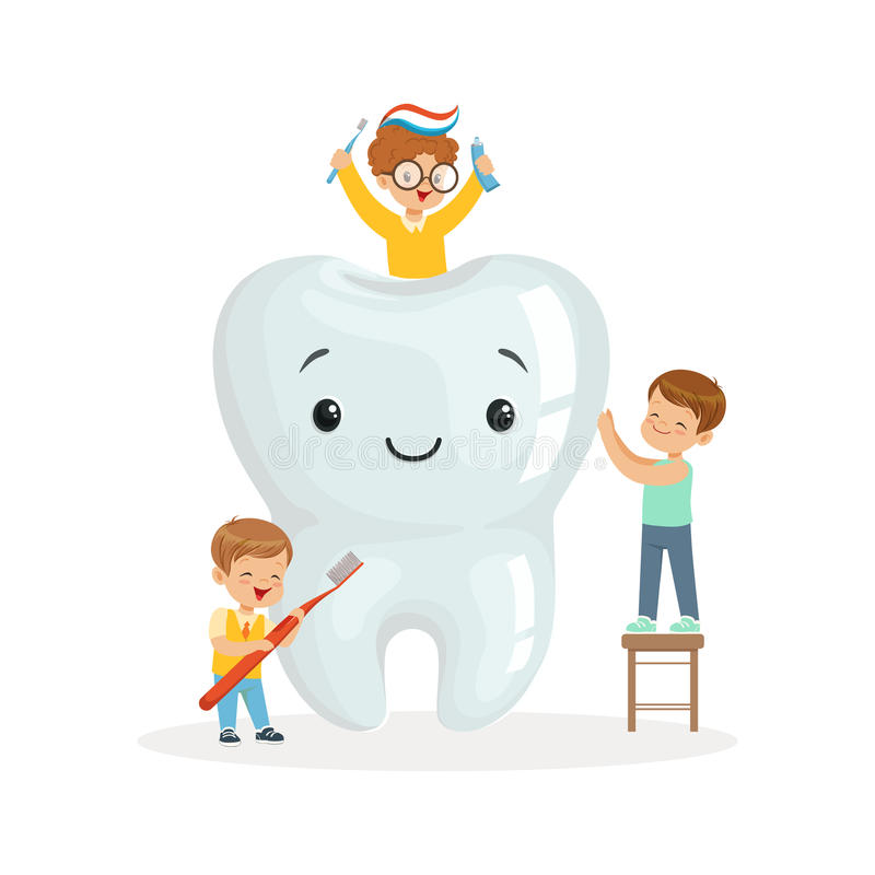 As crianças felizes que escovam um toorh grande com uma escova e um dentífrico, personagens de banda desenhada bonitos vector a i ilustração stock