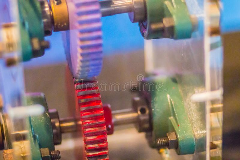 As engrenagens de dente reto ou as engrenagens do reto-corte são o tipo o mais simples da engrenagem a imagens de stock
