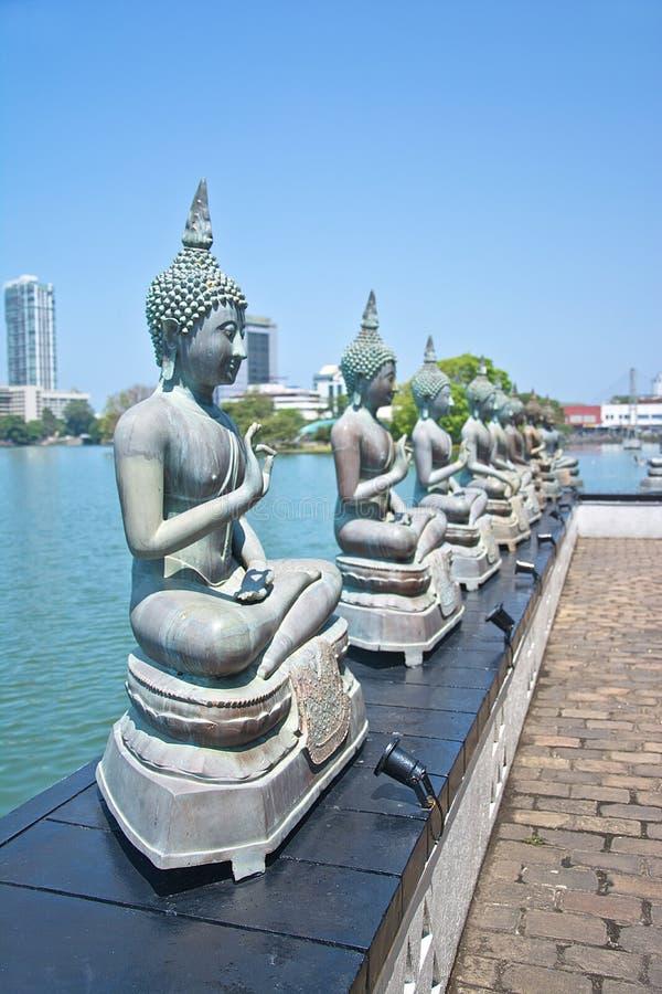 As estátuas de Seema Malakaya, Colombo Sri Lanka fotos de stock royalty free