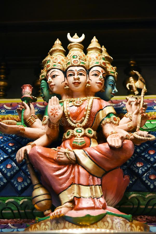 As estátuas Hindu em Batu desabam Kuala Lumpur Malaysia foto de stock