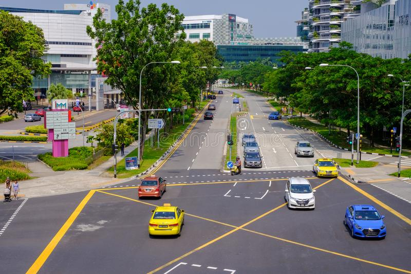 As estradas em Singapura são limpas, confortáveis e convenientes para usuários do carro A motocicleta e lá é pedestres seguros Há fotos de stock royalty free