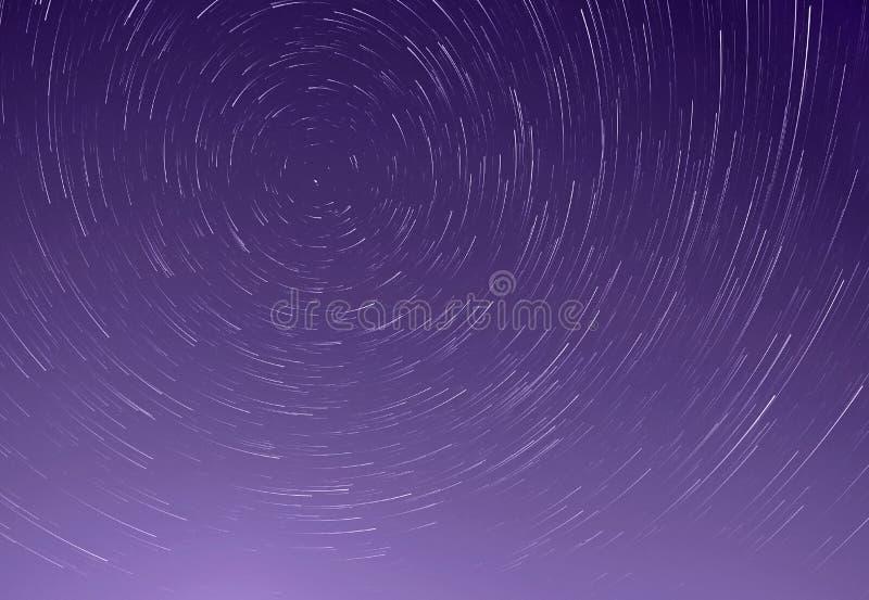 As fugas de protagonizam no céu imagem de stock