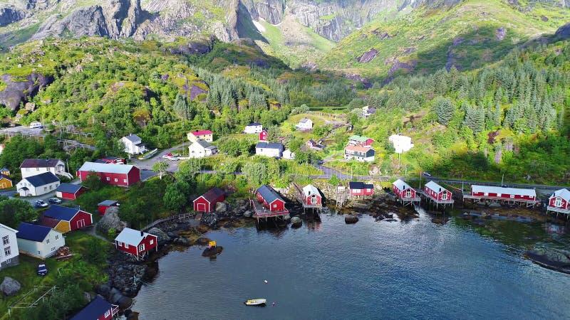 As ilhas de Lofoten são um arquipélago no condado de Nordland, Noruega fotos de stock