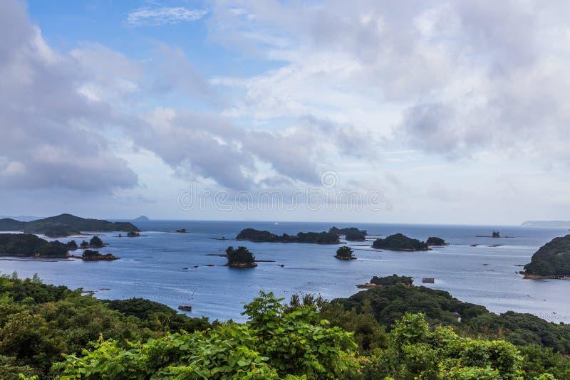 As ilhas famosas do kujuku negligenciam, Sasebo, Kyushu imagem de stock