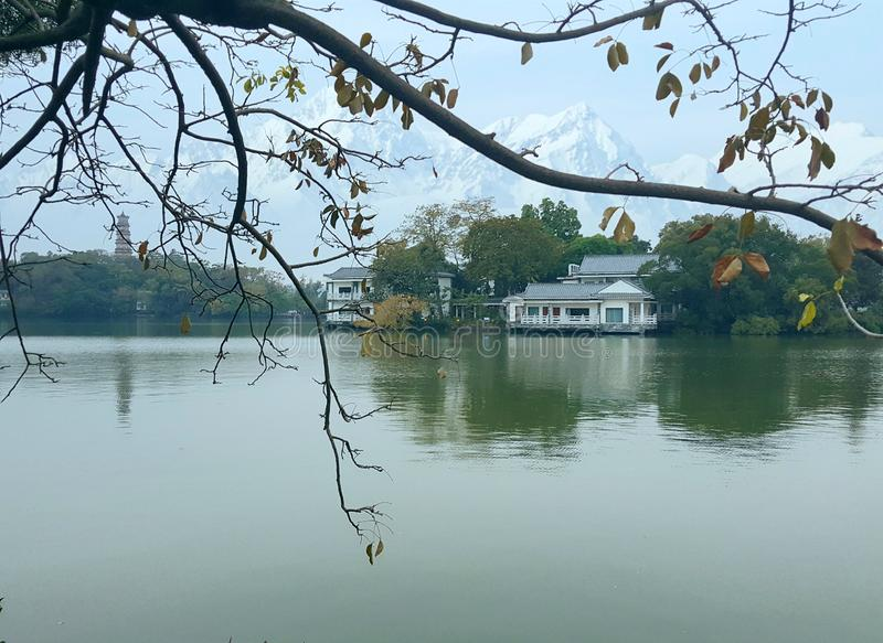 As imagens bonitas do lago ocidental, um ponto cênico em China fotos de stock