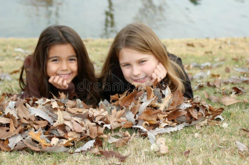 As irmãs são amigos fotografia de stock royalty free